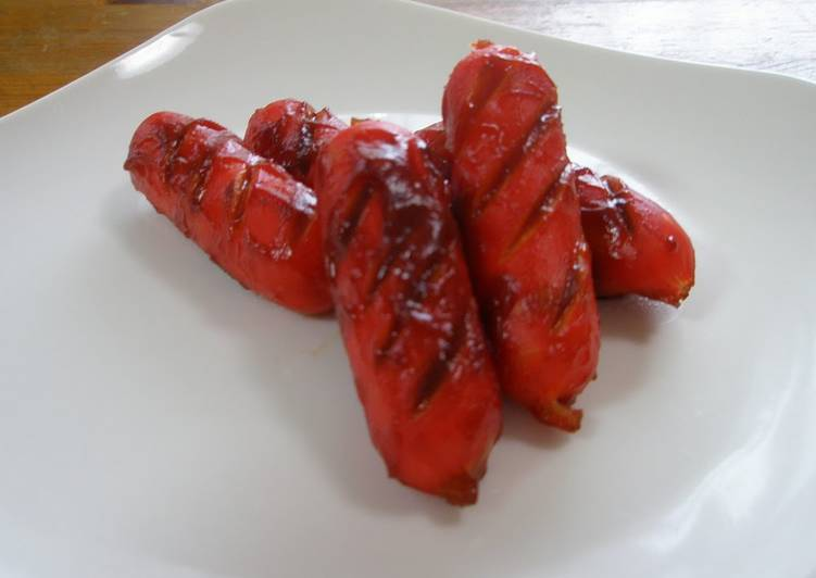 Simple Way to Make Favorite For Your Bento - Red Wiener Sausages Sautèed in Ketchup