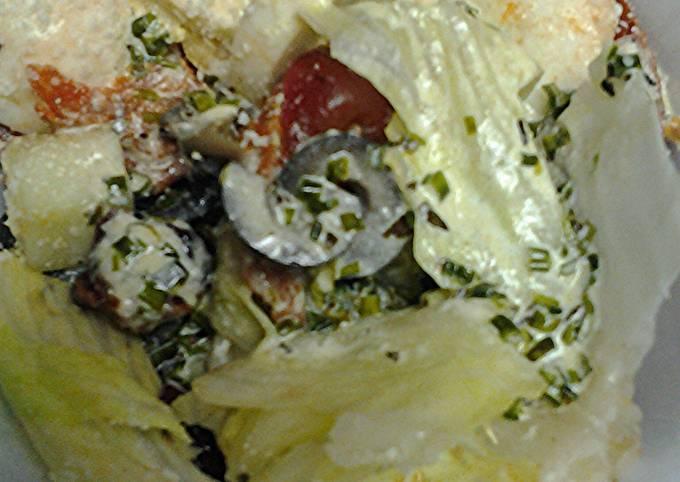 Pepperoni salad with marbled tea eggs