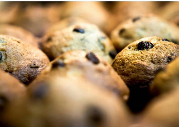 Steps to Make Speedy Banana Chocolate Chip Muffins