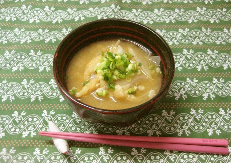 How to Prepare Ultimate Miso Soup with Sweet Onion and Aburaage