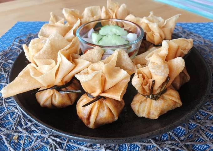 Fried Golden Bags • How To Make Thai Money Bags • Fried Bag Dumplings  ThaiChef food