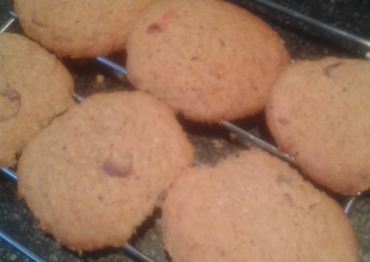 Caramel oatie cherry cookies
