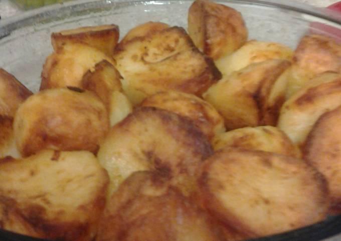 Lovely crisp, soft and fluffy inside roast potatoes