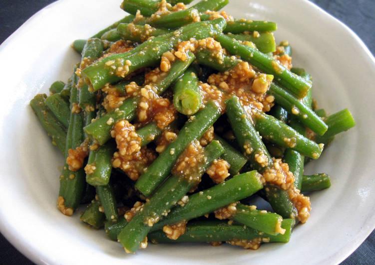 Recipe of Any-night-of-the-week 'Peanut-ae' Beans