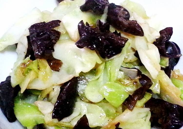 Cabbage with black fungus