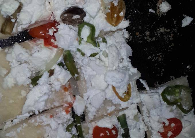 How to Make Tasty Feta pizza