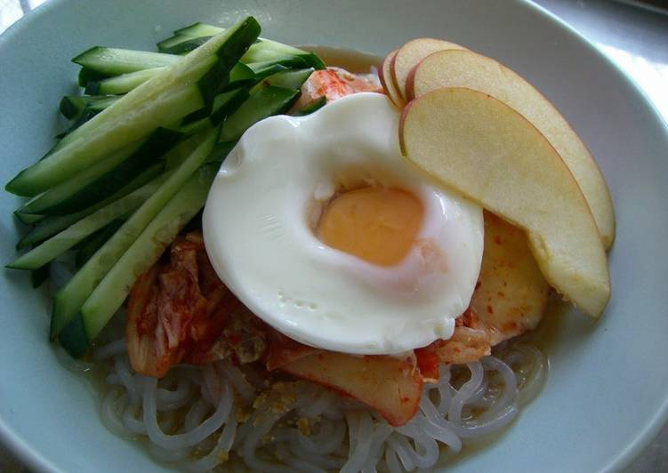 Shirataki Noodle Naengmyeon for Dieters