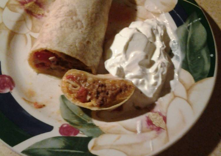 Recipe: Appetizing Meat and Bean Burritos