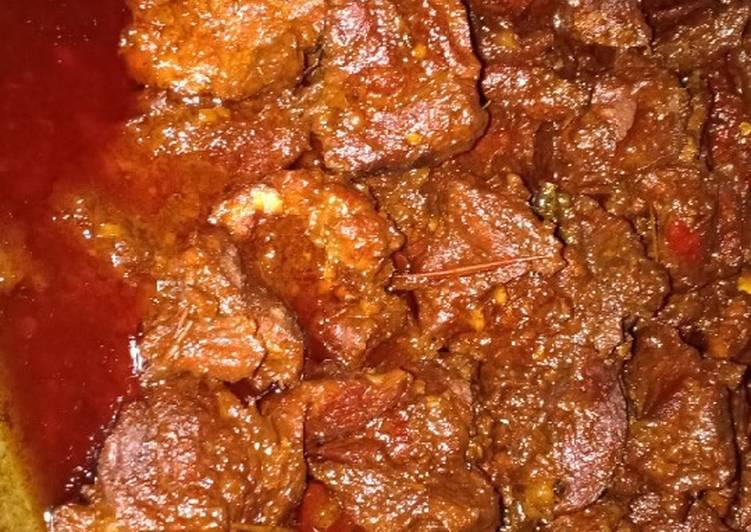 Semur daging sapi (hajatan)