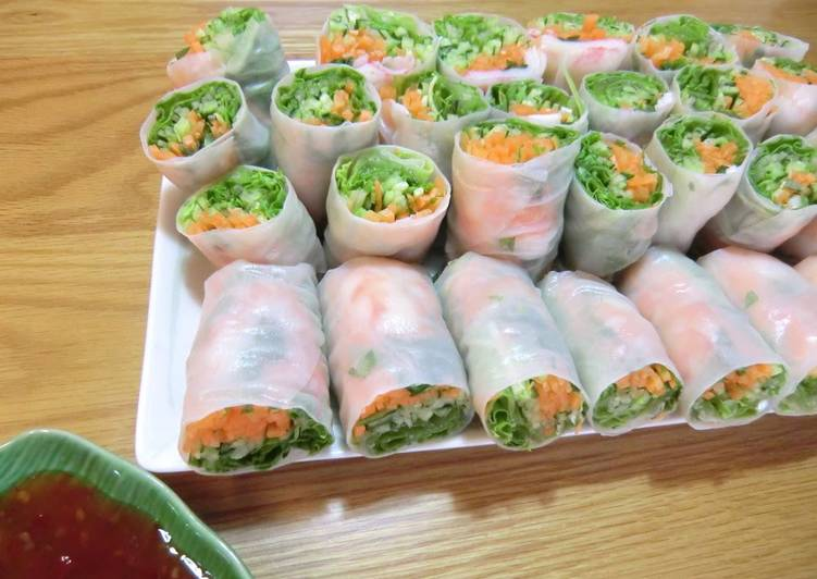 How to Cook Appetizing Fresh Spring Rolls with Shrimp