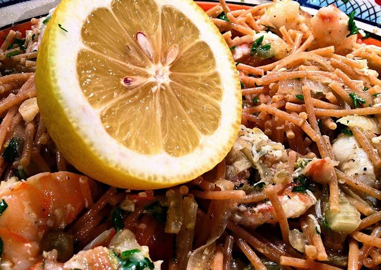 Lemon Shrimp with Roasted Garlic and Fennel Pasta, Heart Friendly Foods You Should Eat