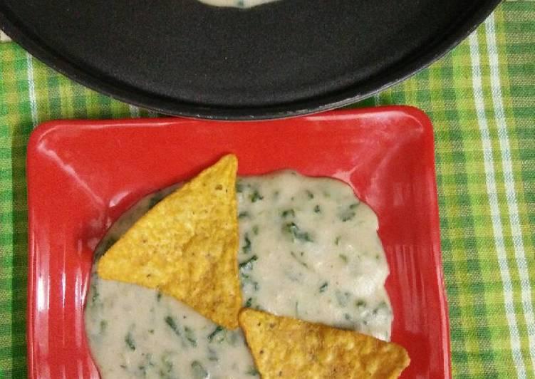 Hot Creamy spinach Dip