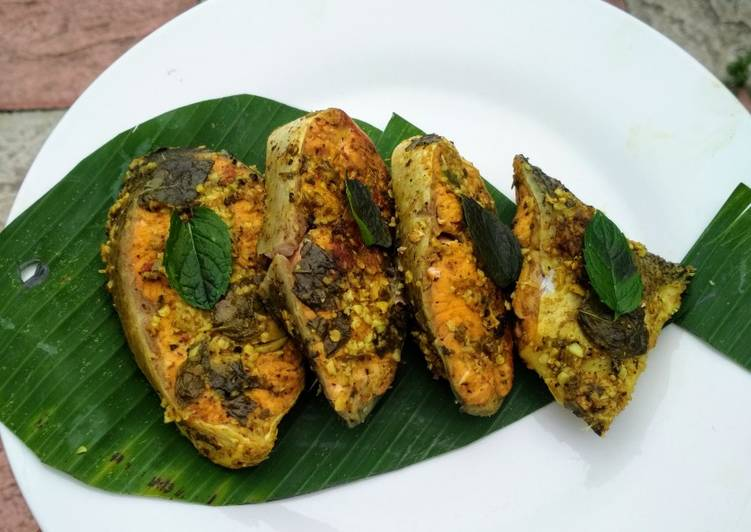 10+ Dinner Ideas Cooking Salmon in Banana Leaf