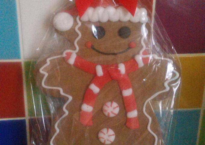 Recipe: Perfect Vickys Giant Gingerbread Men, GF DF EF SF NF