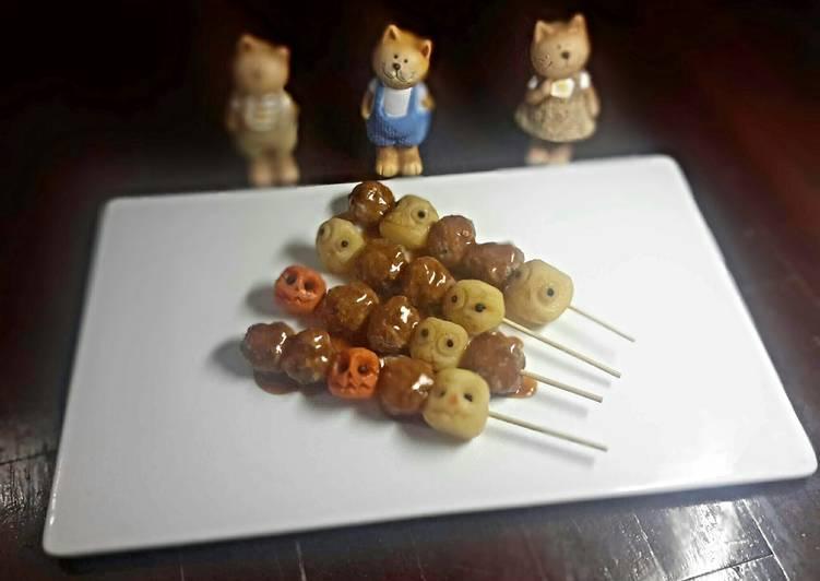 Halloween :  Spicy Meatballs Skewers