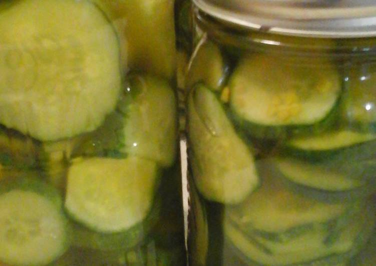 Kelly's Dill Pickles