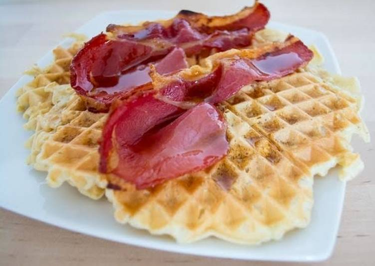 'Twisted' waffles with bacon