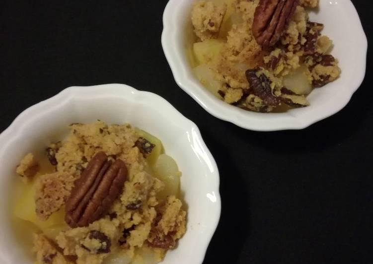 recette Crumble pommes-poires sirop d'érable et noix de Pécan délicieux