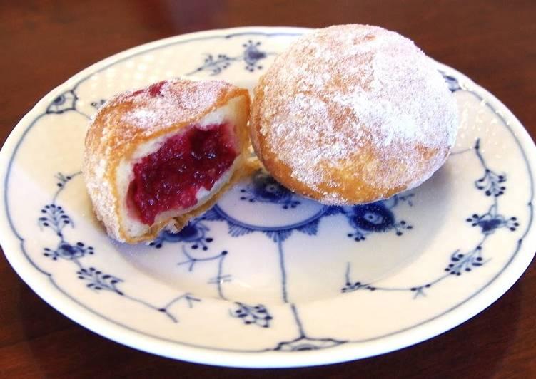 How to Prepare Quick Deep-Fried Donuts Pączki