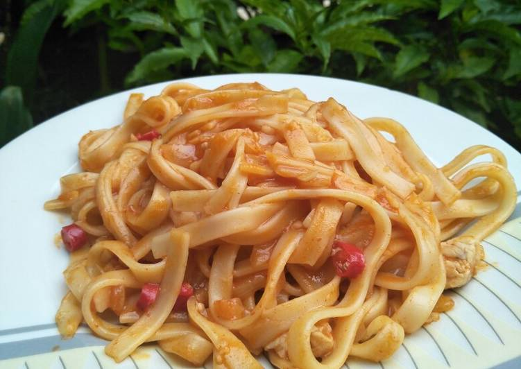 Resep Fettuccine Saus Barbeque Ayam Homemade Oleh Eka Yasafitri Cookpad
