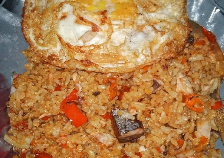 Nasi goreng terasi pedas ikan tongkol