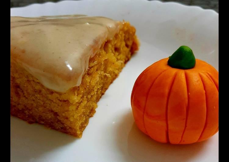 Pumpkin cake🎃