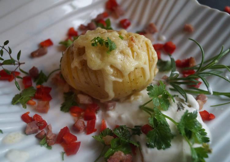 Ofen-Kartoffel mit Kräuterquark