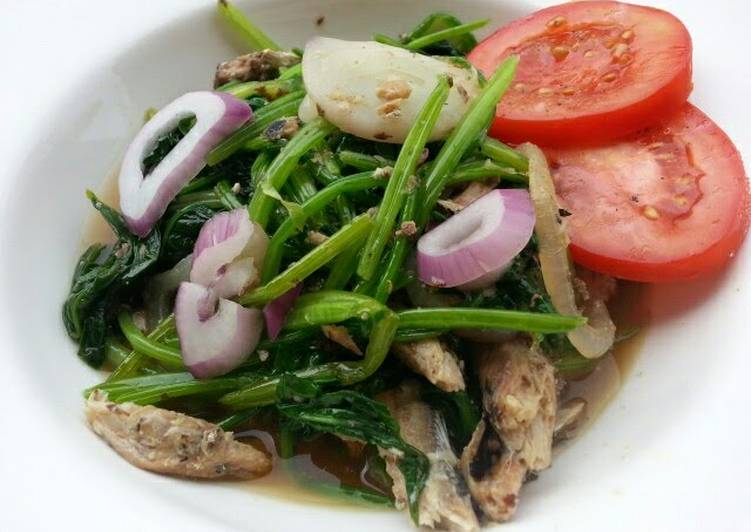 Steps to Prepare Quick Spinach And Sardine In Olive Oil