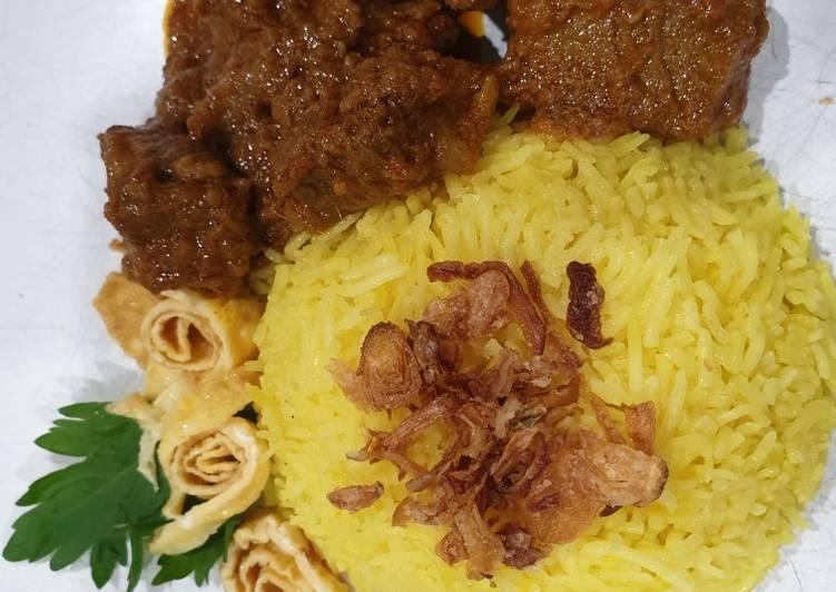 Nasi kuning - rice cooker - cookandrecipe.com