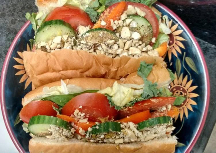 Simple Way to Prepare Quick Vegan raw food subs (or salad)