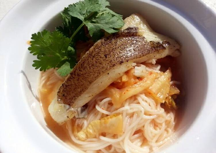 Noodle With Kimchi