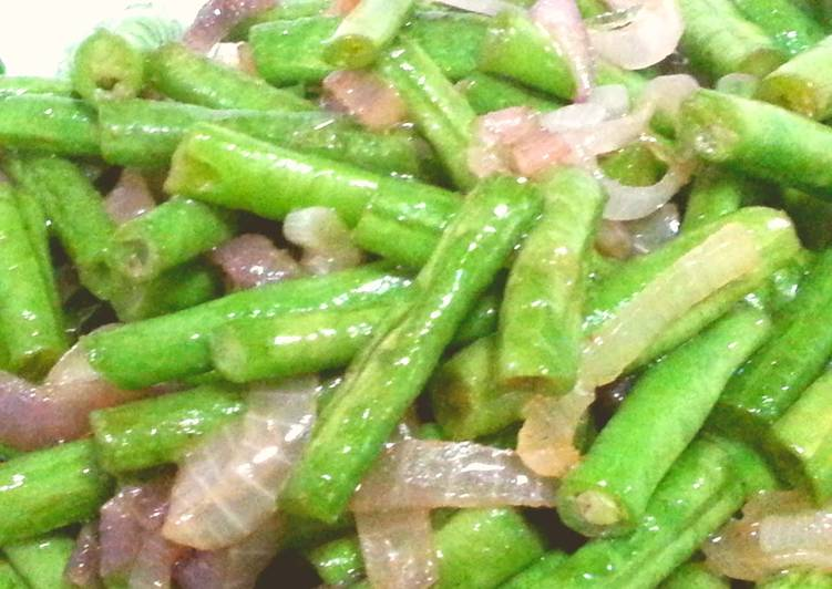 Long bean with onion