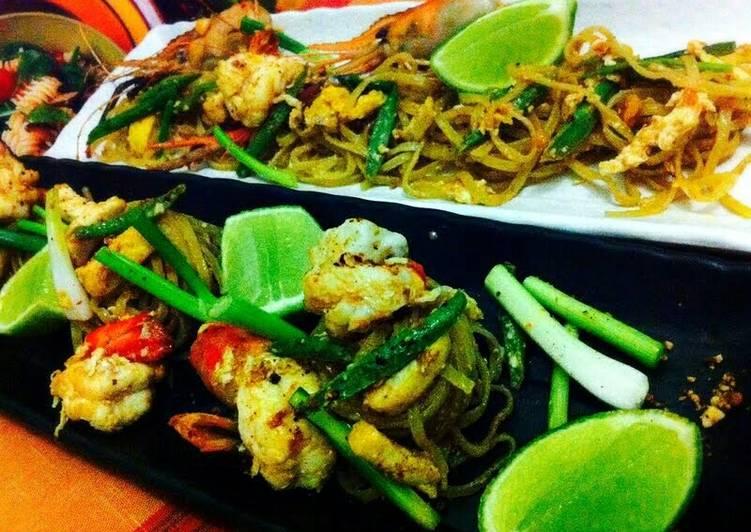 Recipe: Yummy Kanya's Pad Thai