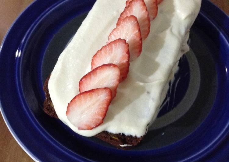 Egg and Dairy-Free Chocolate Shortcake with Strawberries