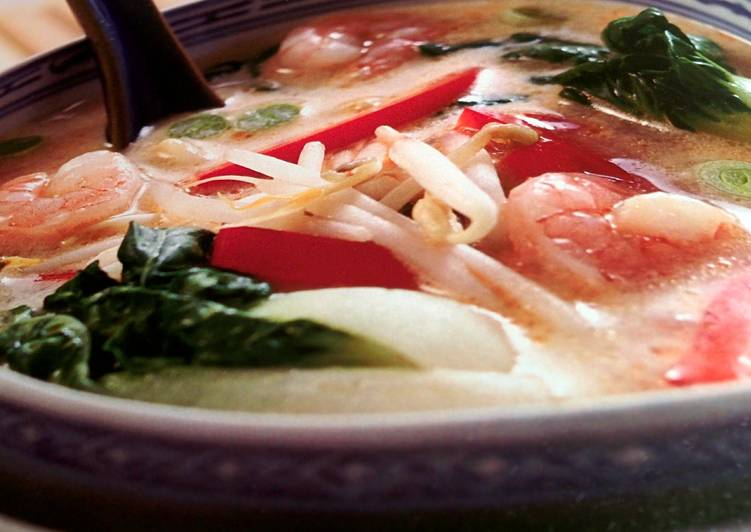 How to Make Quick Shrimp & Bok Choy Soup