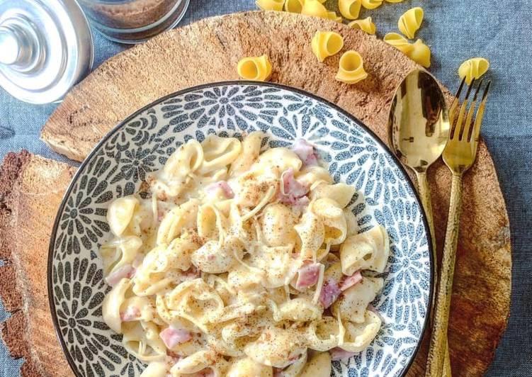 Macaronis jambon fromage