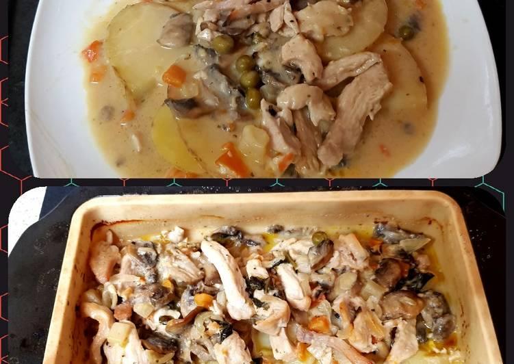 My Chilli Chicken, Mushroom & Potato Bake. 😊