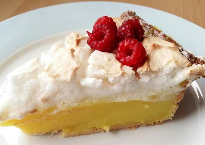 Vickys Lemon Meringue Pie GF DF EF SF NF Vegan