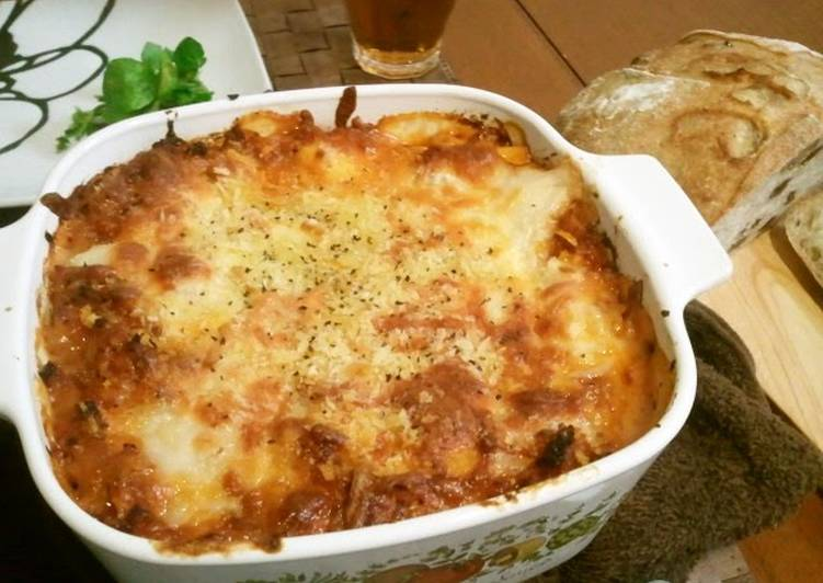 Recipe: Tasty Easy Lasagne with Home-Made Meat Sauce
