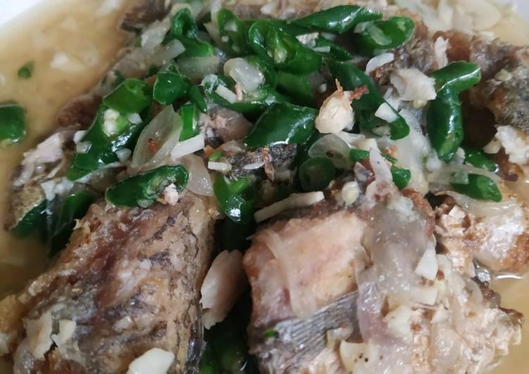 Ikan sambel joss cabe ijo khas riau