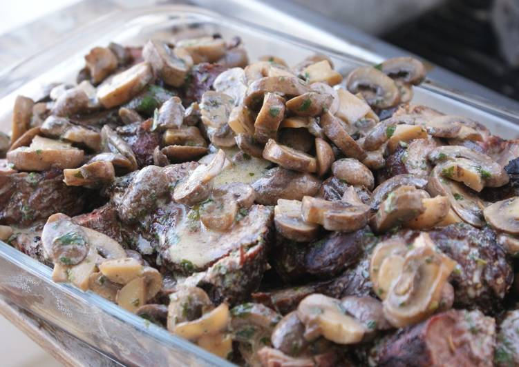 Step-by-Step Guide to Make Grilled Beef Tenderloin with Portobello Sauce
