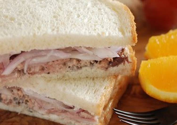 Recipe of Homemade Canned Mackerel Sandwiches From the U.S.