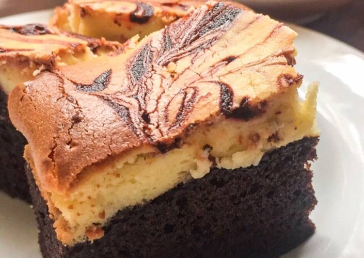 Ultimate Cheesecake Brownies