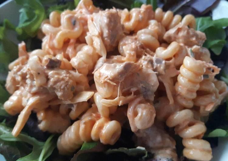 Simple Way to Prepare Quick Sig's Pasta and Mackerel Salad