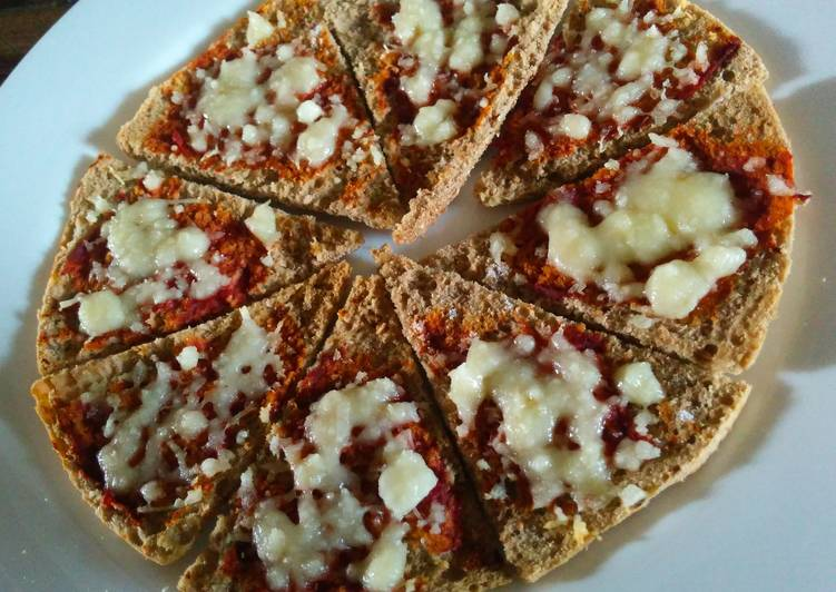 Healthy pita pizza chips