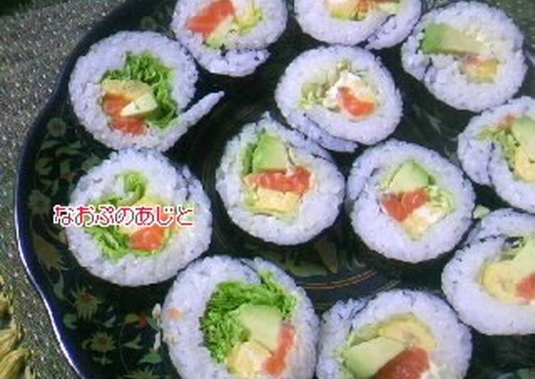 30 Minute Recipe of Winter Salmon and Avocado Fat Sushi Rolls (Futomaki)