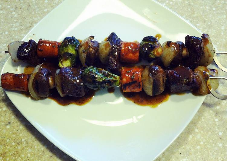 Step-by-Step Guide to Prepare Award-winning Beef Short Rib and Vegetable Kabobs