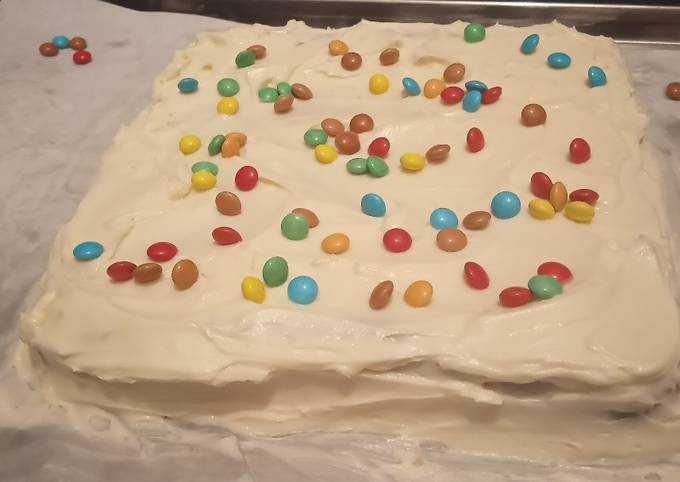 Melt in your mouth vanilla cake birthday!!!!