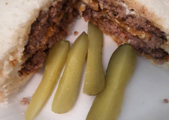 Spicy Cheeseburger