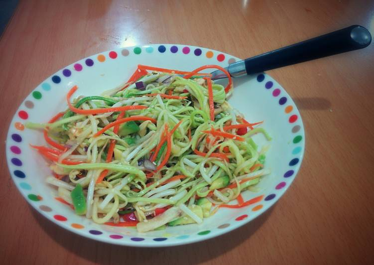 Zucchinis and Carrots Pasta Salad